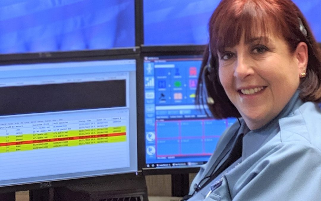 911 Operator receives Telecommunicator of the Year Award